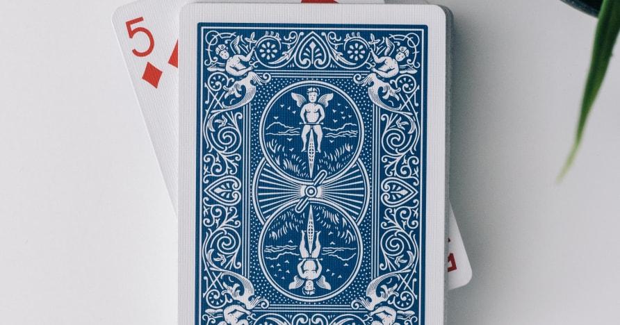 Póquer de 3 cartas en vivo de Evolution