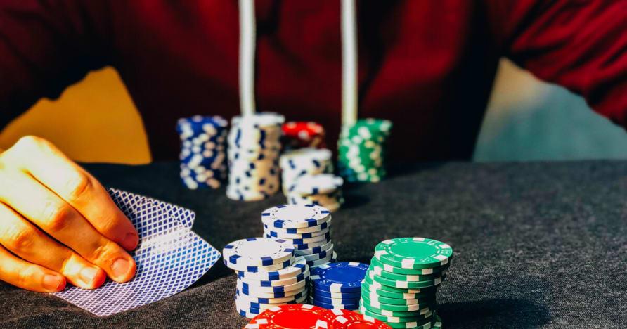 Que hay que tener puntas de los jugadores de póker para ganar torneos de póquer